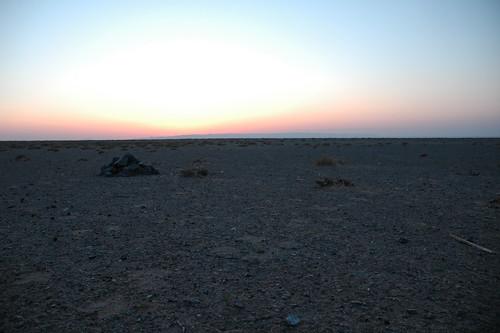 sunset mongolia gobi dalanzadgad umnugovi omnogovi
