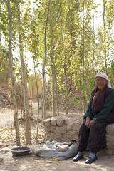 _MG_4546-china-xinjiang-residents-of-the-dunes-near-dawakul