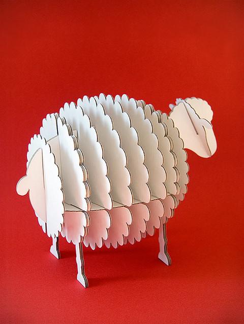 Cardboard sheep par dscn2845 flickr photo for Cardboard sheep template