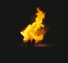 gas flare(0.0), bonfire(0.0), fire(1.0), flame(1.0), explosion(1.0),