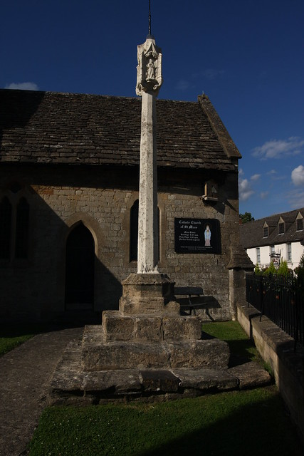 Cricklade, Cross at St Mary's RC Church