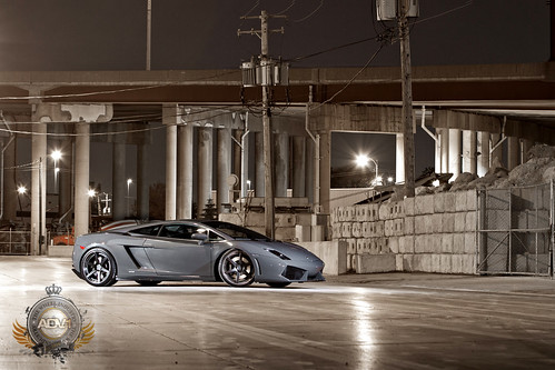 Lamborghini LP560-4 /ADV.1 Track Spec Wheels *explored*