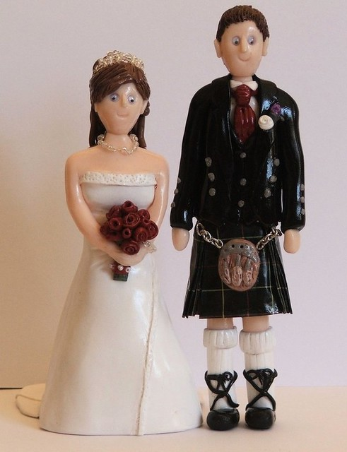 Wedding Cake Toppers Bride And Groom In Kilt Bride And