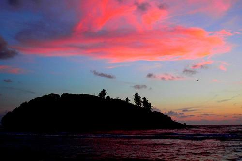 sunset indianocean srilanka beruwela bentota naturesfinest flickrdiamond theunforgettablepictures earthasia