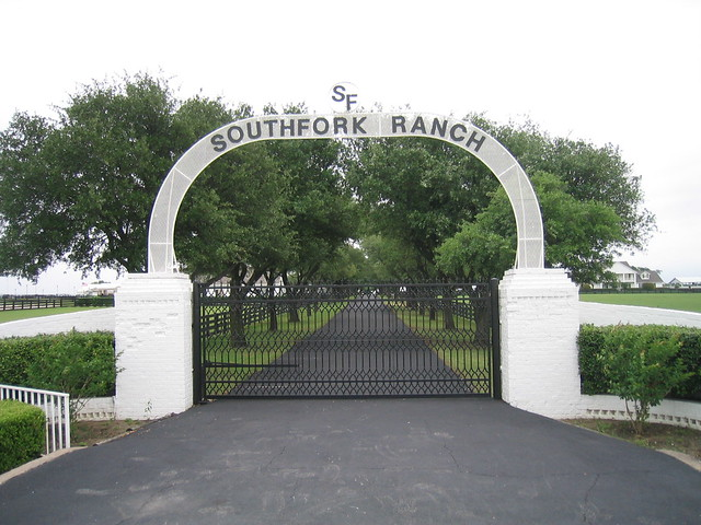 Southfork Ranch - Entrance