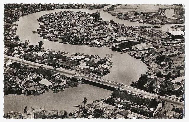 SAIGON VU DU CIEL - LE FAUBOURG DE PHU NHUAN - ANNEE 1940-50