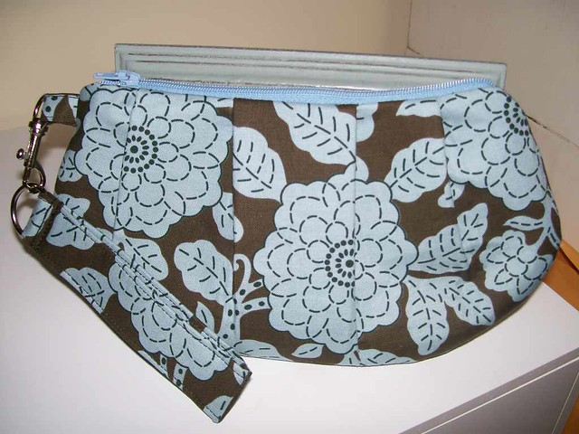 New Pattern from Sew Spoiled/Wristlet w/ Detachable Keyfob