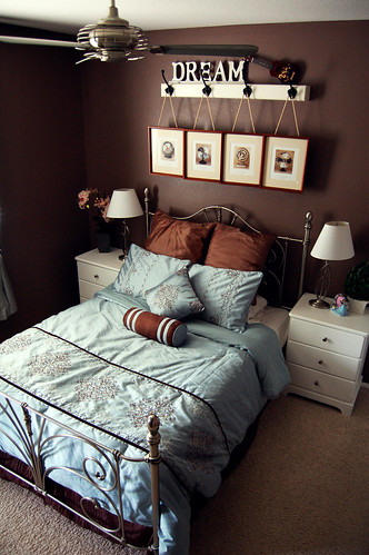 Ever growing brown and blue master bedroom ideas for Blue and brown master bedroom ideas
