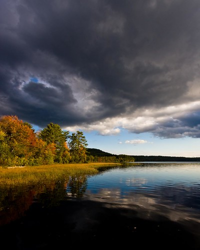 sky reflection fall nature clouds landscape outdoor newhampshire auburn nh foliage lakemassabesic canonefs1022mmf3545usm broompl canon40d claireslanding lakemassabesicshoreline clairslanding