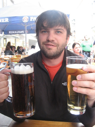 beer drinking in the afternoon