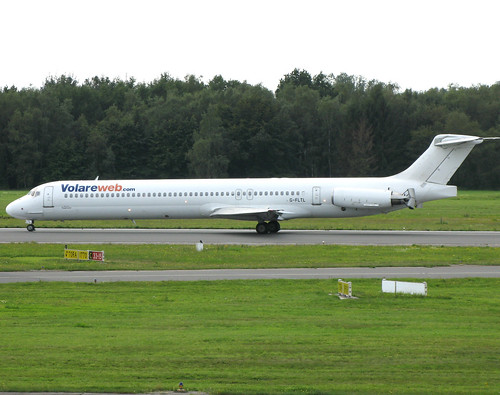 Volare Airlines McDonnell Douglas MD-83 G-FLTL