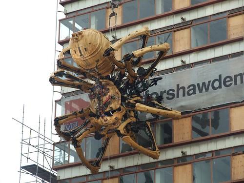 la princesse by la machine a 50ft spider invades liverpool. Black Bedroom Furniture Sets. Home Design Ideas