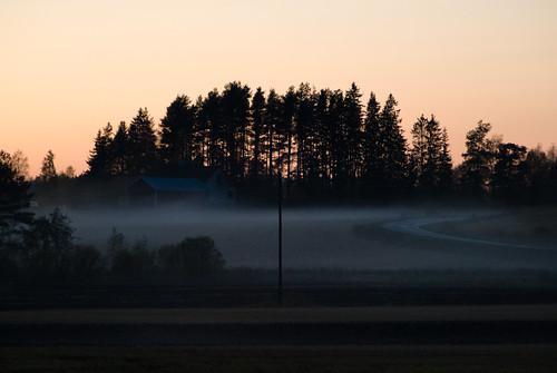 sunset house field fog countryside scenery usva auringonlasku pelto herrala
