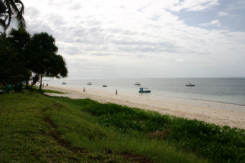 Shanzu Beach - Mombasa Serena Beach Hotel