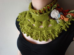 Asteraceae ... Knitted Neckwarmer / Scarflette - Chartreuse Green