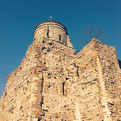 #Colchester Castle looking lovely in the spring sun.