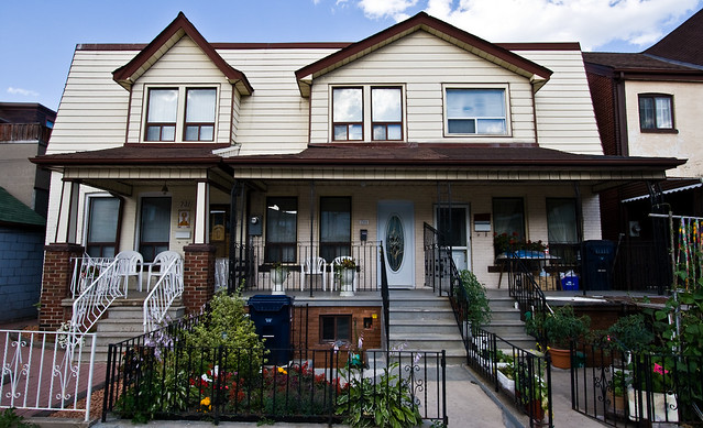 Semi-Detached on Dufferin: 727/729/731