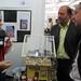 Mar, 18/11/2008 - 12:50 - O director xeral de I+D+i, Salustiano Mato, atende as explicacións dos responsables do proxecto de desalinización de auga mariña para uso doméstico. (Colexio Colexio Alborada. Vigo. Pontevedra). Galiciencia. 18 de novembro de 2008