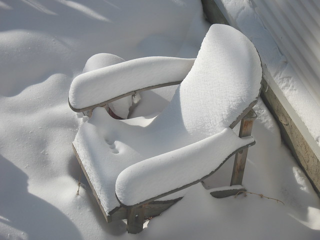A snowy reminder of summer lounging
