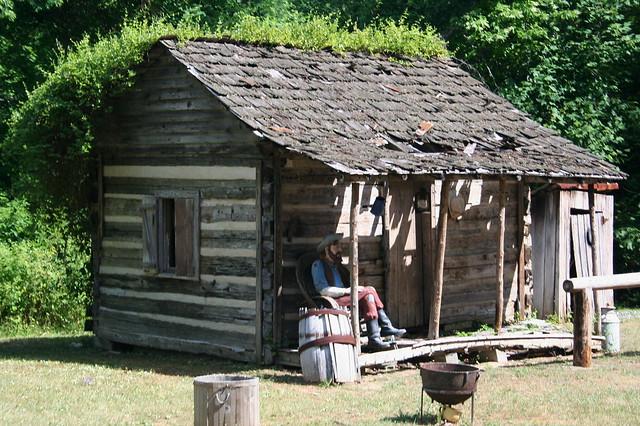 Hillbilly shack flickr photo sharing for Shack homes