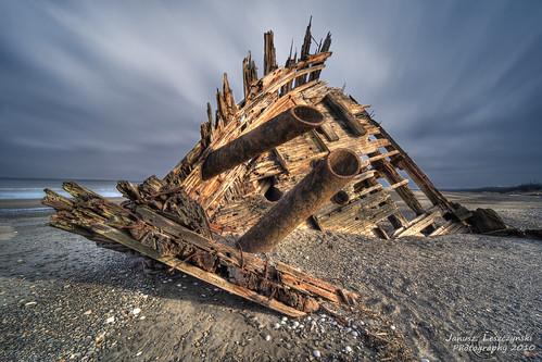 old texture beach spectacular geotagged island islands boat wooden ship vessel bow wreck graham hdr provincialpark relic queencharlotte haidagwaii janusz leszczynski pesuta naikoon anawesomeshot tlellriver souloftheship geo:lat=53633316 geo:lon=131923742 003342