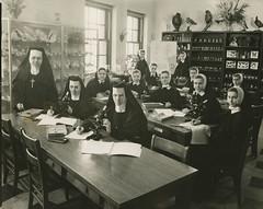 Presentation college -biology class 1943