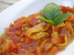tomato sauce, vegetarian food, food, dish, cuisine,