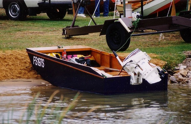 Punt Boat Plans : First baby of the new year handy punt stable for