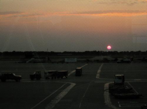 airport dtw northwestairlines terminala detroitairport baggagetruck dotmatrixonthewindow gatea20