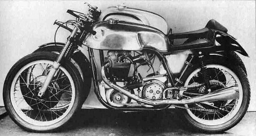 domiracer_the norton low boy  and  normal manx
