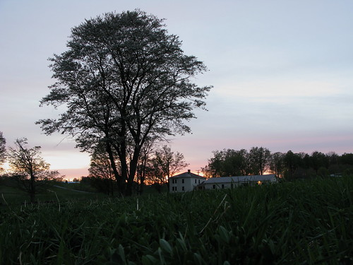 sunset house tree field grass farmhouse vermont sundown angle dusk farm low country blossoms grow vt randolphcenter canong9