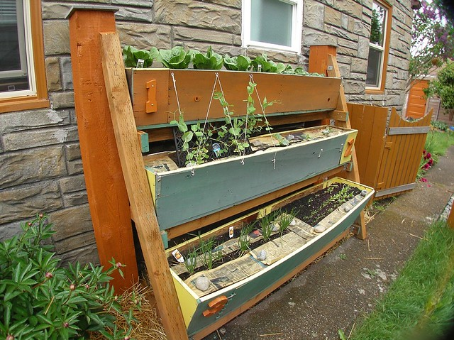 Hfw victory garden vertical small space garden flickr photo sharing - Garden in small space collection ...