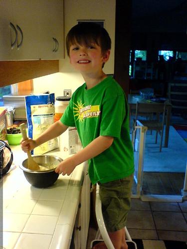 chef nick stirring pancake batter   DSC01001