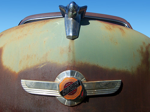 green sedan emblem louisiana lafayette rusty 1950s chrysler 2008 crusty hoodornament dx6490 7838 autoglamma cmwdgreen