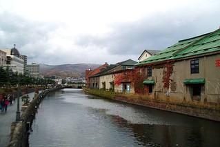 陰天、3.1℃的運河