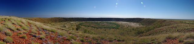 Wolfe Creek Crater Panorama - Side View
