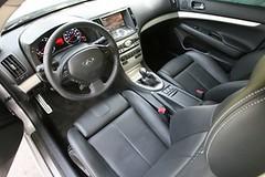 infiniti qx70(0.0), automobile(1.0), vehicle(1.0), infiniti(1.0), land vehicle(1.0), luxury vehicle(1.0),