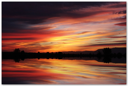 sunset sky clouds reflections atardecer bravo cielo nubes soe reflejos mariabethania themoulinrouge alhambra2006 silviadeluque infinestyle bratanesque eunaoexistosemvoce taspasao7pueblosy80capitalesmari estavapalescritorioalavozdeya
