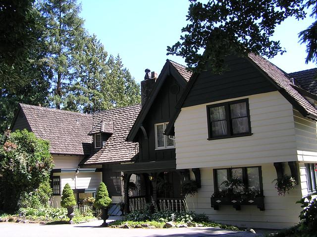 Minnekhada Lodge - 1934