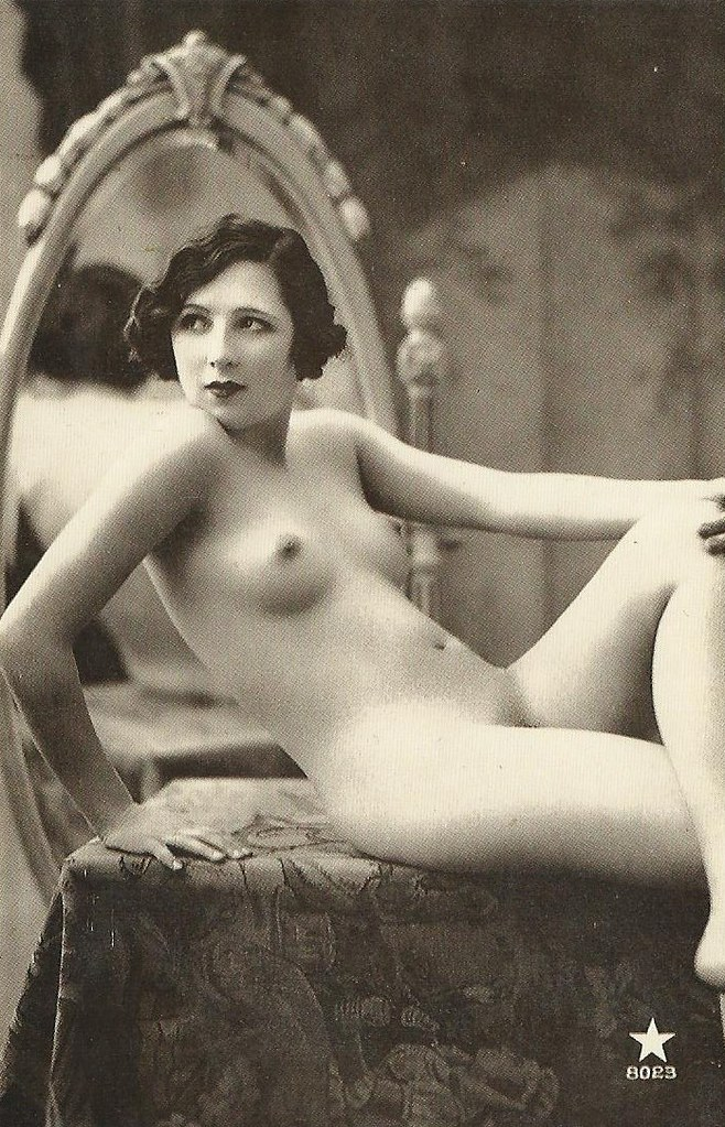 Old photos of erotica