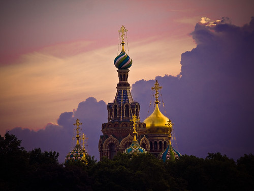 sunset church stpetersburg geotagged gold evening purple symbol russia dusk religion onions ornate domes leningrad санктпетербург goldstaraward aptekarskiy geo:lat=5994174485 geo:lon=3033764005 churchofthesaviouronthespiltblood