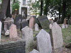 Alter Jüdischer Friedhof (Old Jewish Cemetery)