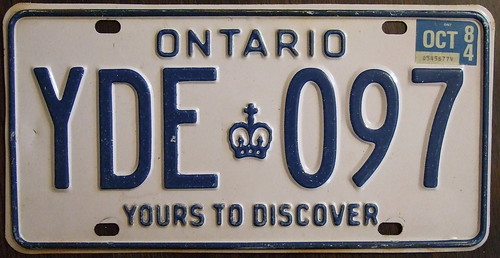 ONTARIO 1984 license plate YOURS TO DISCOVER baseplate
