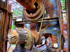 Engine for crushing mill (HDR)