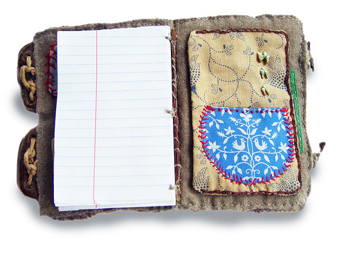 Un diario hecho con una bonita funda hecha a mano (última página)