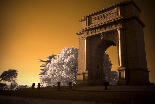 sunset infrared valleyforge nationalmemorialarch overtheexcellence