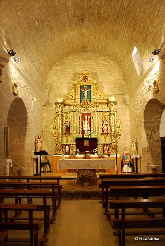 Iglesia de San Martín, Izco by Rufino Lasaosa