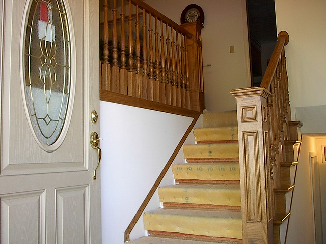 Split level entry remodel energy efficient doors not for Bi level foyer ideas