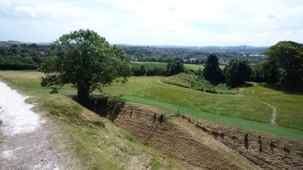 Old Sarum - the trail leading up.