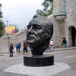 Bustes de Roosevelt et de Churchill busts